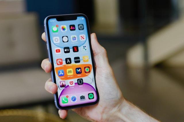 Top 10 smartphone bán chạy nhất tại Việt Nam trong tháng 9 - bất ngờ vì mẫu iPhone 3 năm tuổi của Apple vẫn on top - Ảnh 7.
