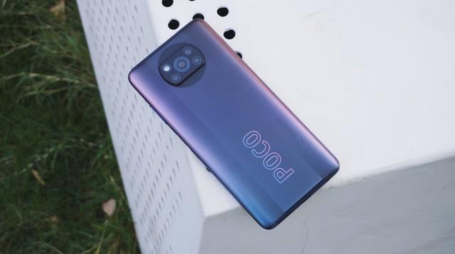 Top 10 smartphone bán chạy nhất tại Việt Nam trong tháng 9 - bất ngờ vì mẫu iPhone 3 năm tuổi của Apple vẫn on top - Ảnh 10.