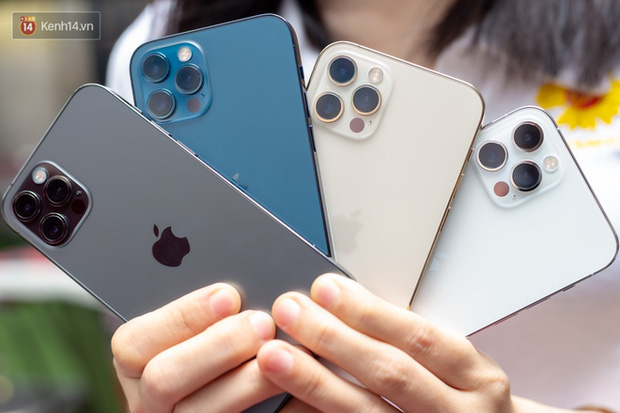 Cận ngày iPhone 13 chính hãng về Việt Nam, giá iPhone 12 đang giảm sâu! - Ảnh 1.