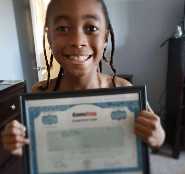Đầu tư vui vui vào cổ phiếu GameStop vì thích chơi game, cậu bé 10 tuổi lãi khủng 5000% chỉ sau 2 năm - Ảnh 1.