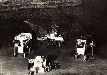 Thí nghiệm kỳ lạ trong hang động khiến nhân loại phải thay đổi lại cách nhìn nhận về đồng hồ sinh học trong cơ thể con người - Ảnh 8.