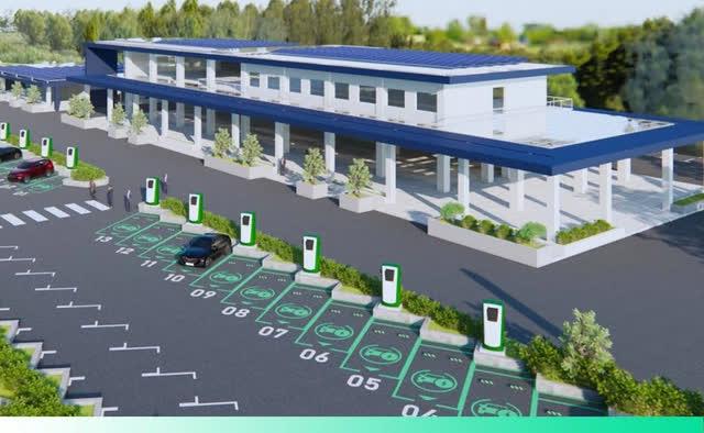 Bắt tay đầu tư trạm sạc xe điện trên khắp cả nước, VinFast có thể học được gì từ Tesla? - Ảnh 2.