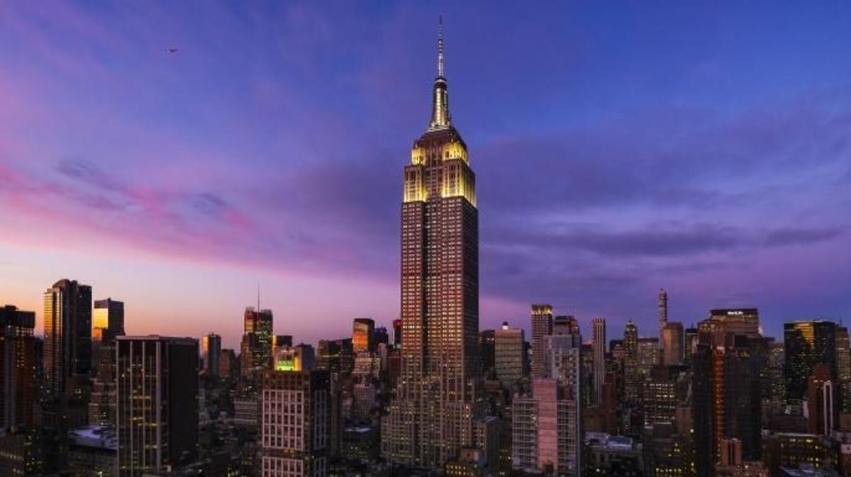 Biểu tượng nước Mỹ - tòa Empire State đang vận hành hoàn toàn nhờ điện gió - Ảnh 1.