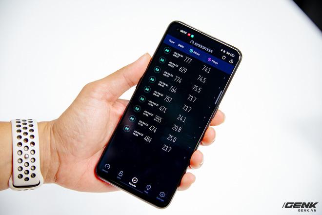 Trên tay OPPO Reno5 5G: Snapdragon 765G, SuperVOOC 2.0 65W 5 phút sạc được 4 giờ dùng, modem 5G cho tốc độ lên đến 1,2Gbps - Ảnh 7.
