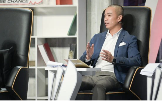 CEO Shopee Việt Nam nói về thử thách 'thăng cấp': Bạn có làm việc được với người mình ghét không? - Ảnh 1.