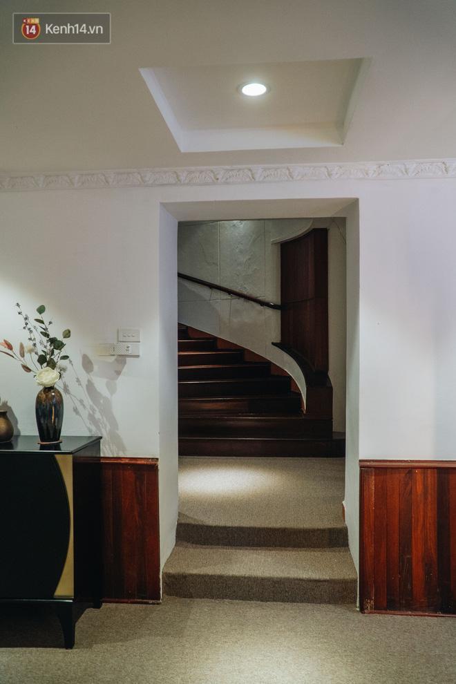 Chuyện ít người biết về căn biệt thự cổ 110 năm tuổi ở Hà Nội, có cả sàn nhảy đầm cho giới thượng lưu - Ảnh 19.