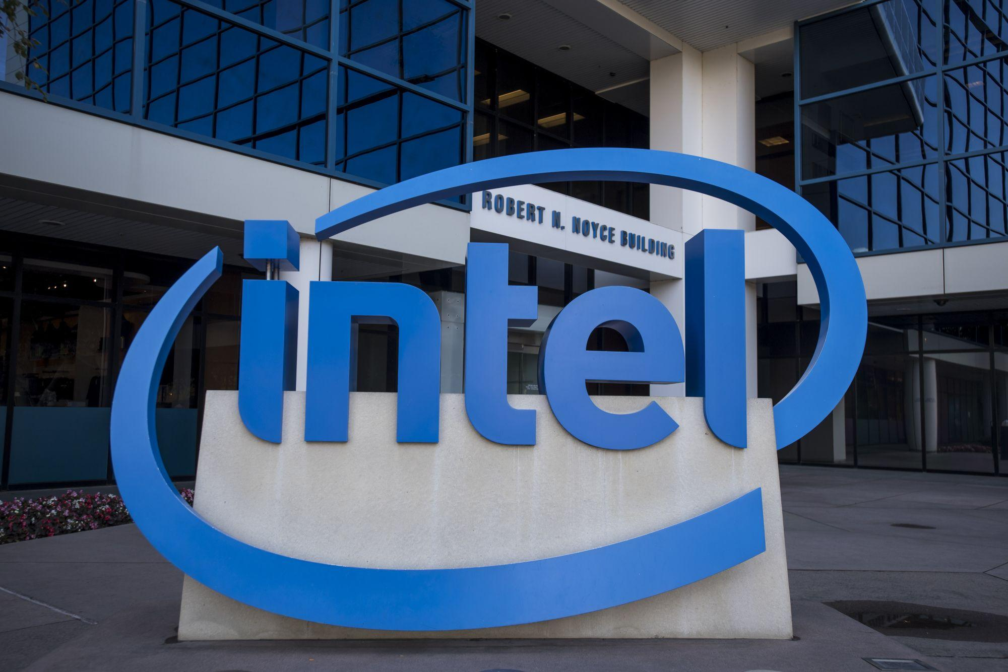 Intel đầu tư 20 tỷ USD xây nhà máy sản xuất chip di động, đe dọa cả TSMC và Samsung - Ảnh 1.