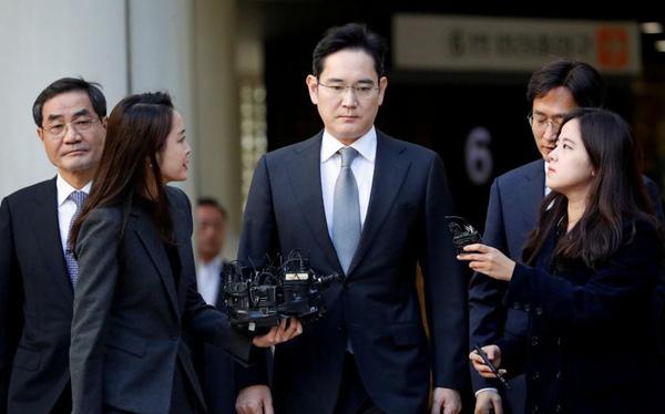 'Thái tử' Samsung bị vỡ ruột thừa - Ảnh 1.