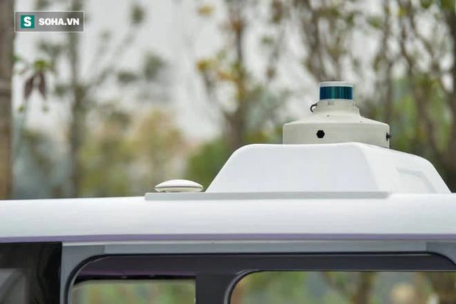 Cận cảnh xe tự lái Made in Viet Nam đầu tiên, với con mắt kỳ lạ trên nóc - Ảnh 4.