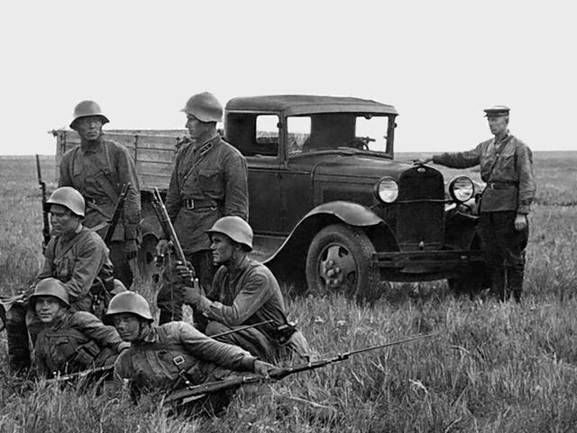 Đại chiến thế giới lần thứ II: Lịch sử những chiếc ô tô nổi tiếng của hai phe Xô – Đức - Ảnh 1.
