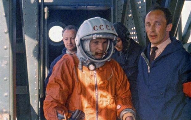 Chuyện chưa kể về bộ đồ du hành vũ trụ đầu tiên của nhân loại