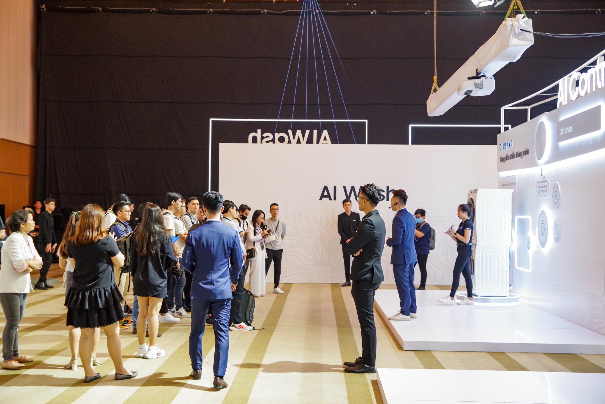 Tổ chức sự kiện hoành tráng dành riêng cho đồ gia dụng, Samsung muốn chứng tỏ điều gì? - Ảnh 1.