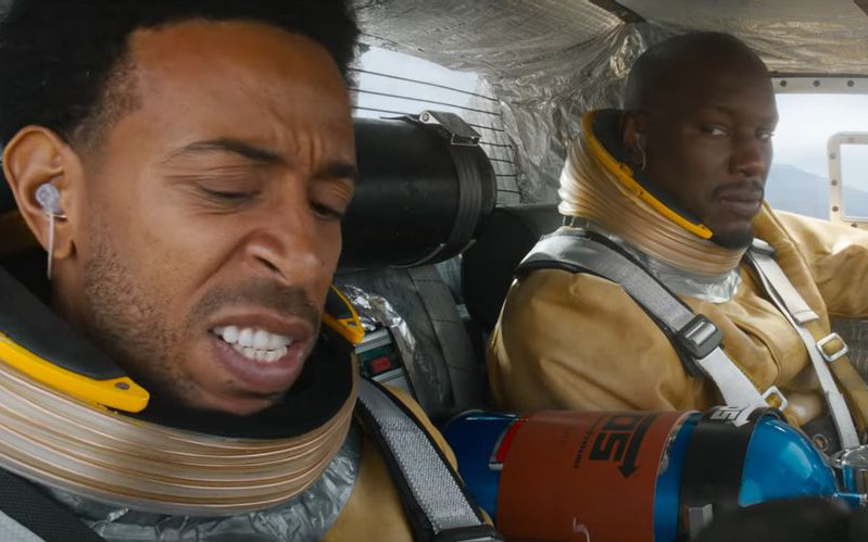 Để mọi thứ trở nên chân thực hơn, Fast & Furious 9 đã phải tham vấn các nhà khoa học về việc chế tạo ô tô không gian