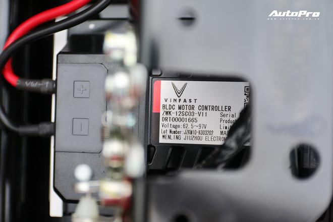 Lột trần VinFast Feliz trong 10 phút, kỹ sư điện đánh giá: Kết cấu đơn giản, dễ sửa, dễ độ nhưng vẫn còn điểm yếu - Ảnh 18.