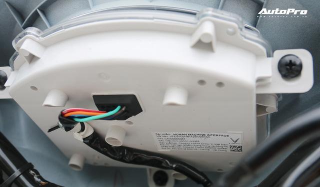 Lột trần VinFast Feliz trong 10 phút, kỹ sư điện đánh giá: Kết cấu đơn giản, dễ sửa, dễ độ nhưng vẫn còn điểm yếu - Ảnh 23.