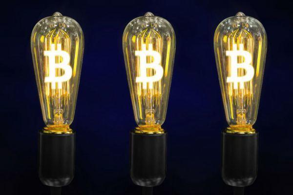 Mức tiêu thụ năng lượng của Bitcoin cao gấp 66 lần so với năm 2015 - Ảnh 1.