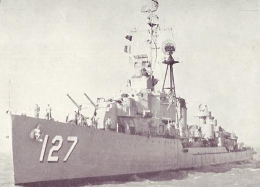 Tại sao lại có xe tăng, tàu chiến, thậm chí cả quân phục mang màu hồng? - Ảnh 6.