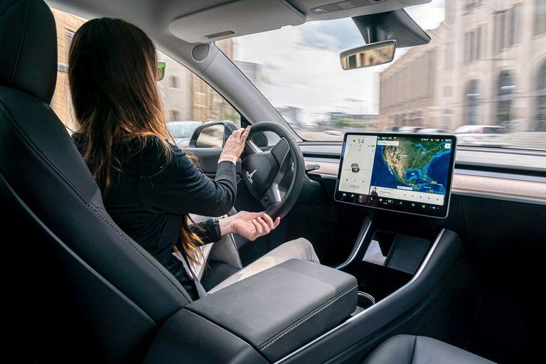 Không giống sử dụng xe động cơ đốt trong, người dùng xe điện phải phân biệt rạch ròi hai khái niệm mức tiêu thụ năng lượng và hiệu suất - Ảnh 1.