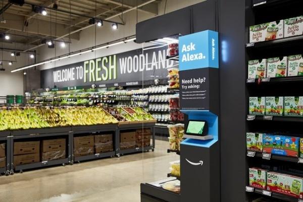Công nghệ thanh toán tự động của Amazon sẽ khiến hàng ngàn thu ngân siêu thị mất việc - Ảnh 1.