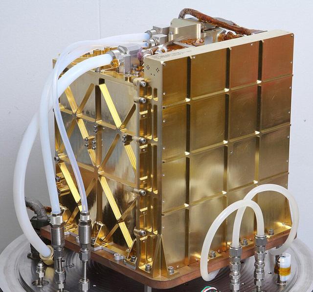 NASA khuấy đảo Hành tinh Đỏ: Không chỉ tạo ra 5,4 gram oxy quý hiếm, trực thăng sao Hỏa Ingenuity còn bay cao kỷ lục trong lần thứ ba! - Ảnh 4.