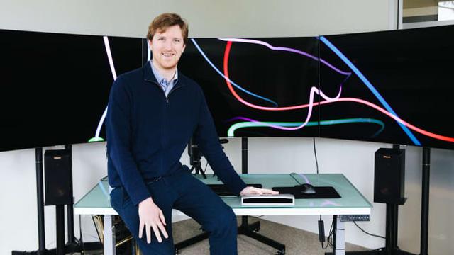 Bỏ học Đại học Stanford chỉ sau 3 tháng, chàng trai 26 tuổi trở thành tỷ phú và là tương lai của ngành ô tô tự lái - Ảnh 1.