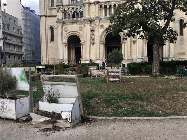 Những hình ảnh gây sốc cho thấy thành phố Paris hoa lệ ngập trong rác khiến cộng đồng mạng thất vọng tràn trề, chuyện gì đang xảy ra? - Ảnh 12.