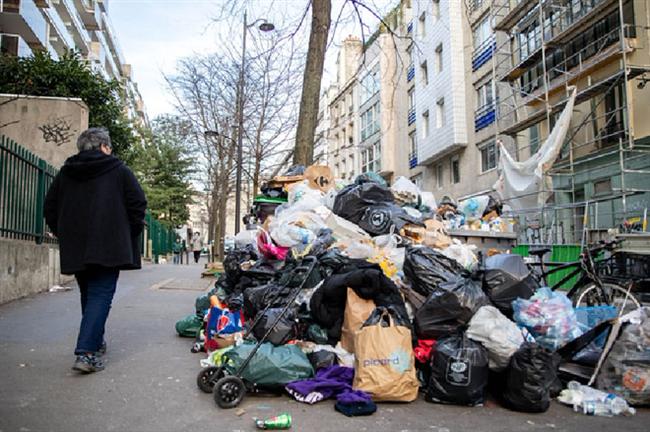 Những hình ảnh gây sốc cho thấy thành phố Paris hoa lệ ngập trong rác khiến cộng đồng mạng thất vọng tràn trề, chuyện gì đang xảy ra? - Ảnh 14.