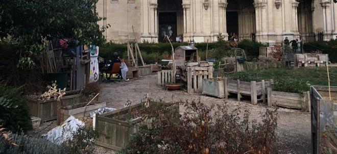 Những hình ảnh gây sốc cho thấy thành phố Paris hoa lệ ngập trong rác khiến cộng đồng mạng thất vọng tràn trề, chuyện gì đang xảy ra? - Ảnh 7.
