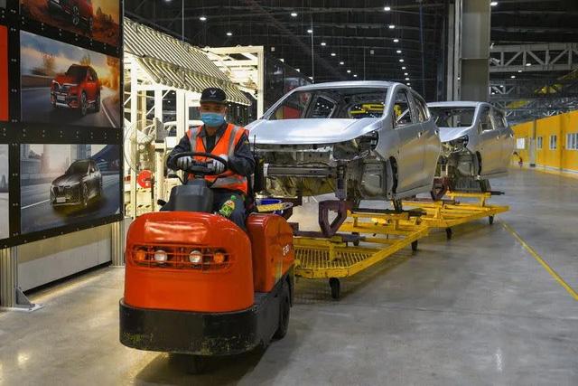 Reuters: VinFast có vũ khí để đấu với Tesla tại Mỹ - Ảnh 1.