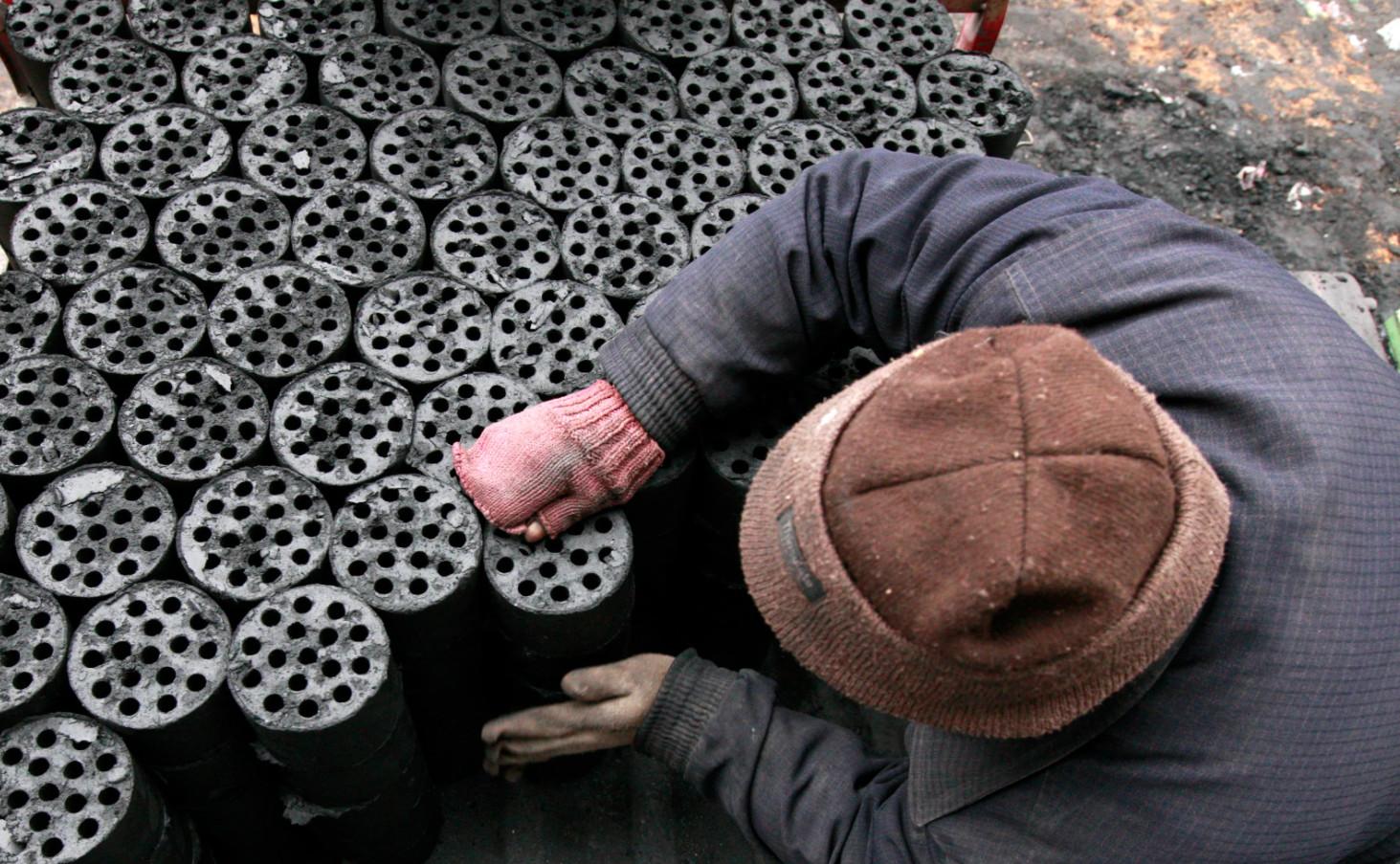 Truyền thông Mỹ: Trung Quốc phát thải khí nhà kính nhiều hơn cả Mỹ và nhiều nước phát triển khác - Ảnh 3.