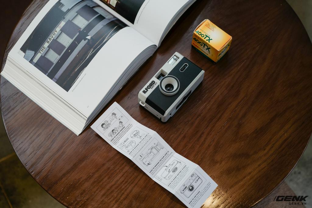 Trải nghiệm nhanh máy ảnh nhựa ILFORD Sprite 35-II: Tìm về thú chơi phim lomo với 990.000 đồng - Ảnh 4.