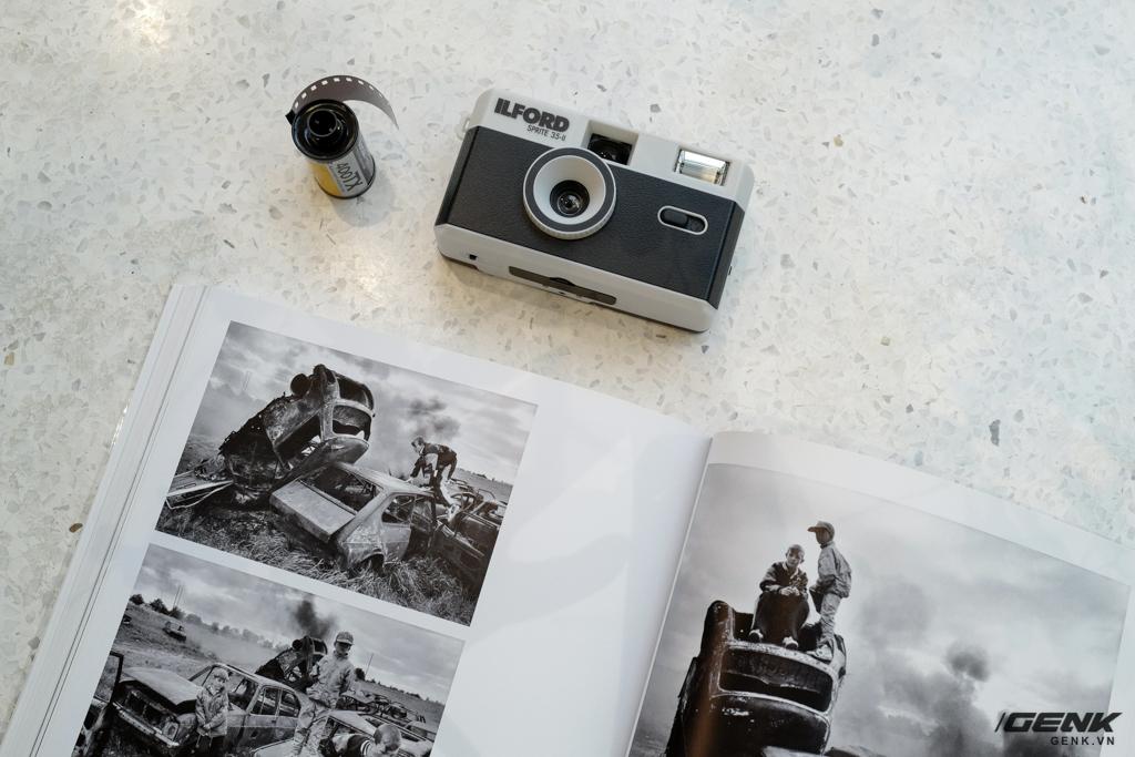 Trải nghiệm nhanh máy ảnh nhựa ILFORD Sprite 35-II: Tìm về thú chơi phim lomo với 990.000 đồng - Ảnh 7.