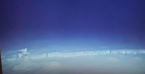 Phát hiện bộ hài cốt bí ẩn dài tới 30m dưới đáy biển, không giống bất kỳ sinh vật nào trên Trái Đất - Ảnh 2.