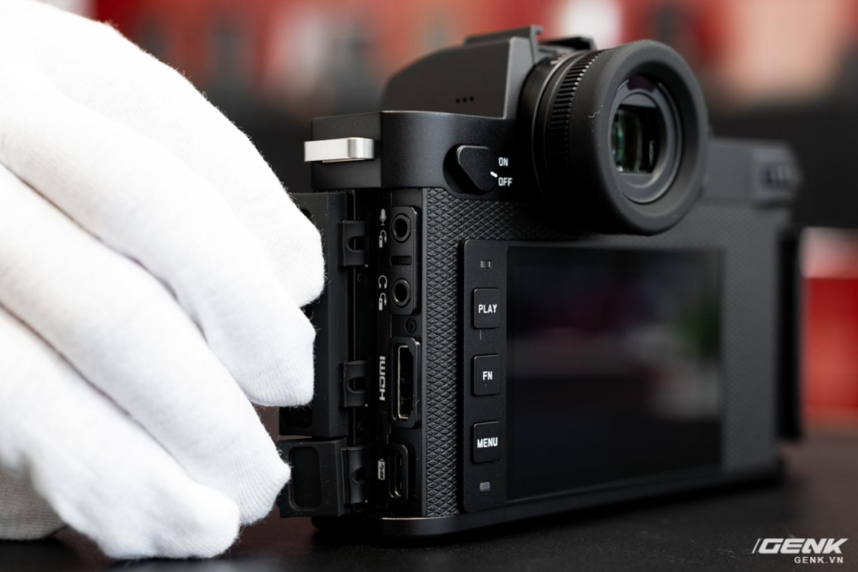 Đập hộp Leica SL2-S Kit: Cảm biến Full-frame 24.6MP, quay phim 4K 10-bit, giá tiết kiệm được 27 triệu so với mua rời - Ảnh 8.
