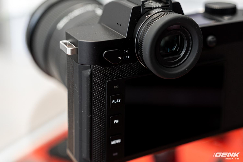 Đập hộp Leica SL2-S Kit: Cảm biến Full-frame 24.6MP, quay phim 4K 10-bit, giá tiết kiệm được 27 triệu so với mua rời - Ảnh 14.