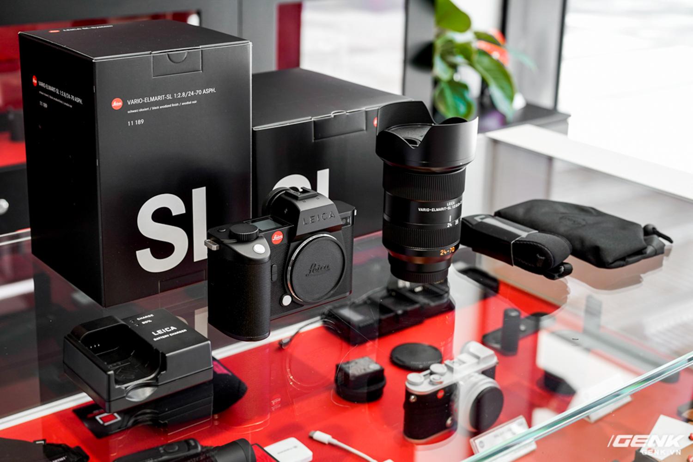 Đập hộp Leica SL2-S Kit: Cảm biến Full-frame 24.6MP, quay phim 4K 10-bit, giá tiết kiệm được 27 triệu so với mua rời - Ảnh 2.