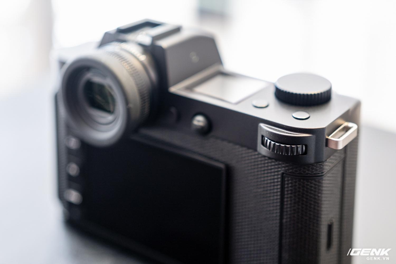 Đập hộp Leica SL2-S Kit: Cảm biến Full-frame 24.6MP, quay phim 4K 10-bit, giá tiết kiệm được 27 triệu so với mua rời - Ảnh 12.