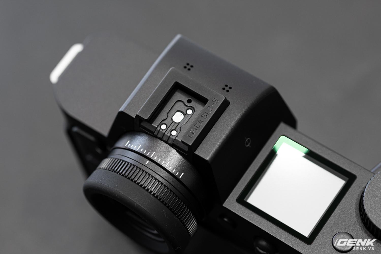 Đập hộp Leica SL2-S Kit: Cảm biến Full-frame 24.6MP, quay phim 4K 10-bit, giá tiết kiệm được 27 triệu so với mua rời - Ảnh 7.