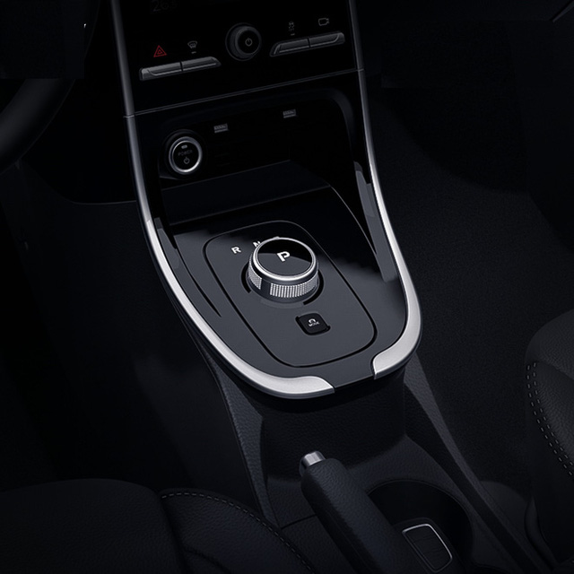 Cận cảnh nội thất trong ô tô điện VinFast VF e34 và hệ thống điều hòa lọc cả bụi mịn - Ảnh 6.