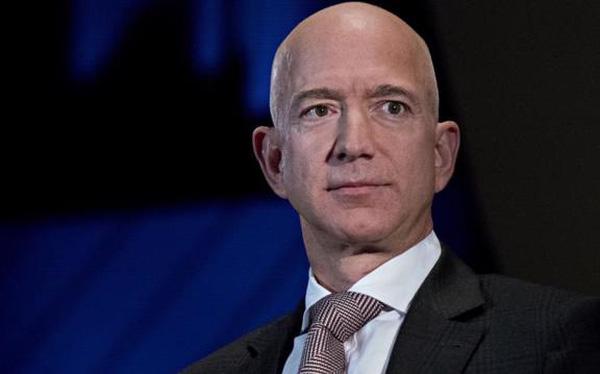 Jeff Bezos thôi giữ chức CEO của Amazon từ ngày 5/7 - Ảnh 1.