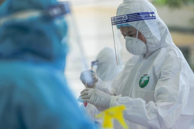 Thực hư về thiết bị xét nghiệm Covid-19 dùng nước súc miệng của CEO Nguyễn Tử Quảng: BV Bệnh Nhiệt đới Trung ương nói gì? - Ảnh 2.