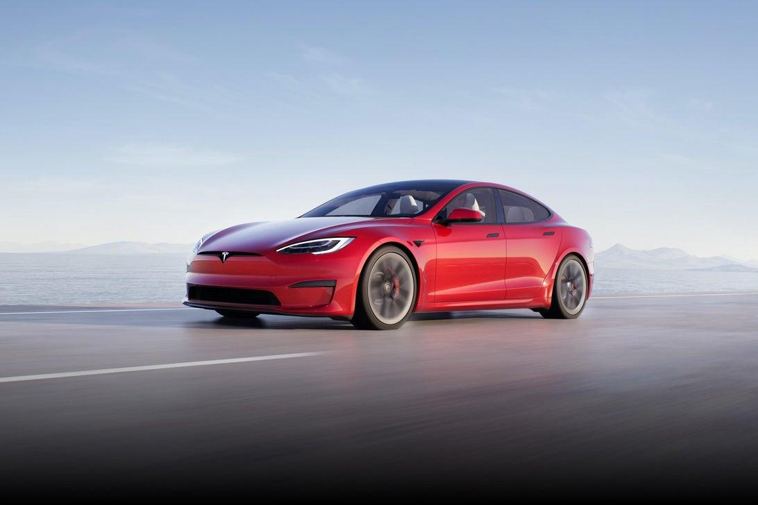 Tesla ra mắt mẫu xe Model S Plaid hiệu năng cao, tốc độ siêu nhanh, mạnh ngang PS5, giá bán từ 131.100 USD - Ảnh 4.