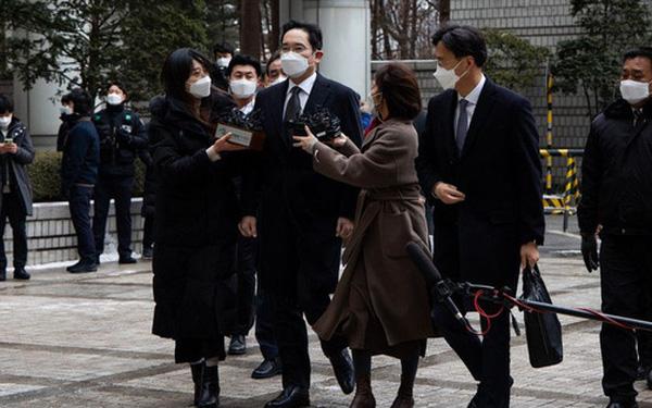 """Vì sao nhiều lãnh đạo doanh nghiệp lớn nhất Hàn Quốc kêu gọi ân xá cho """"thái tử"""" Samsung? - Ảnh 1."""