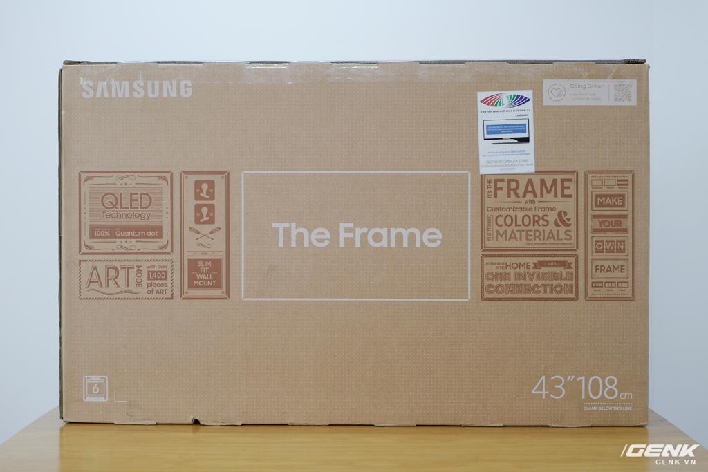 Đập thùng TV Samsung The Frame 2021 43 inch: Rất phù hợp không gian Minimalist, hơn 1.400 khung tranh nghệ thuật, tự lắp đặt không hề khó - Ảnh 1.