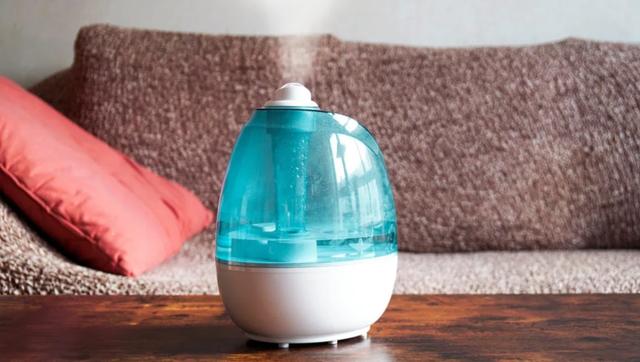 Dùng máy tạo ẩm trong phòng điều hoà, nhớ 3 điều này nếu không muốn mang bệnh - Ảnh 3.