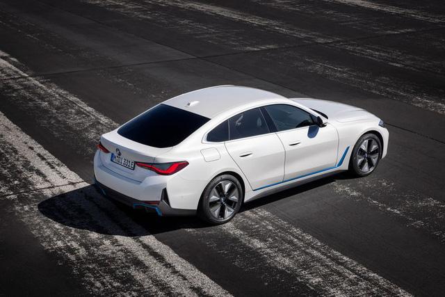 BMW i4 - chiếc sedan hạng sang chạy điện cả thế giới đang mong đợi? - Ảnh 5.