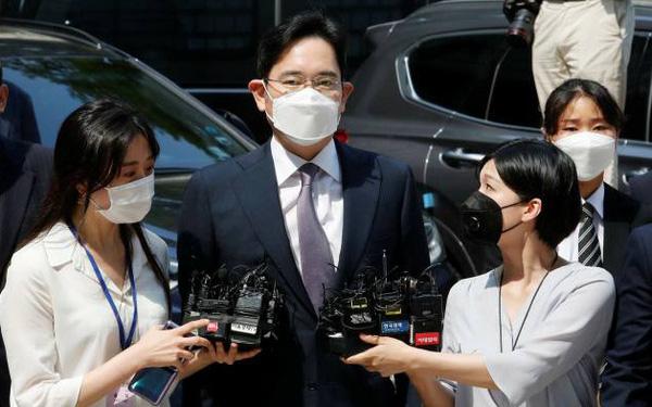 Chủ tịch SK, LG, Hyundai kêu gọi Tổng thống Hàn Quốc ân xá cho 'thái tử' Samsung - Ảnh 1.