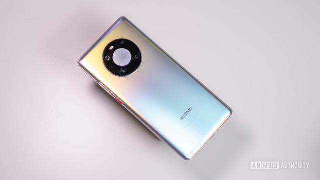 Cú rơi của Huawei: Người dùng được và mất gì? - Ảnh 2.