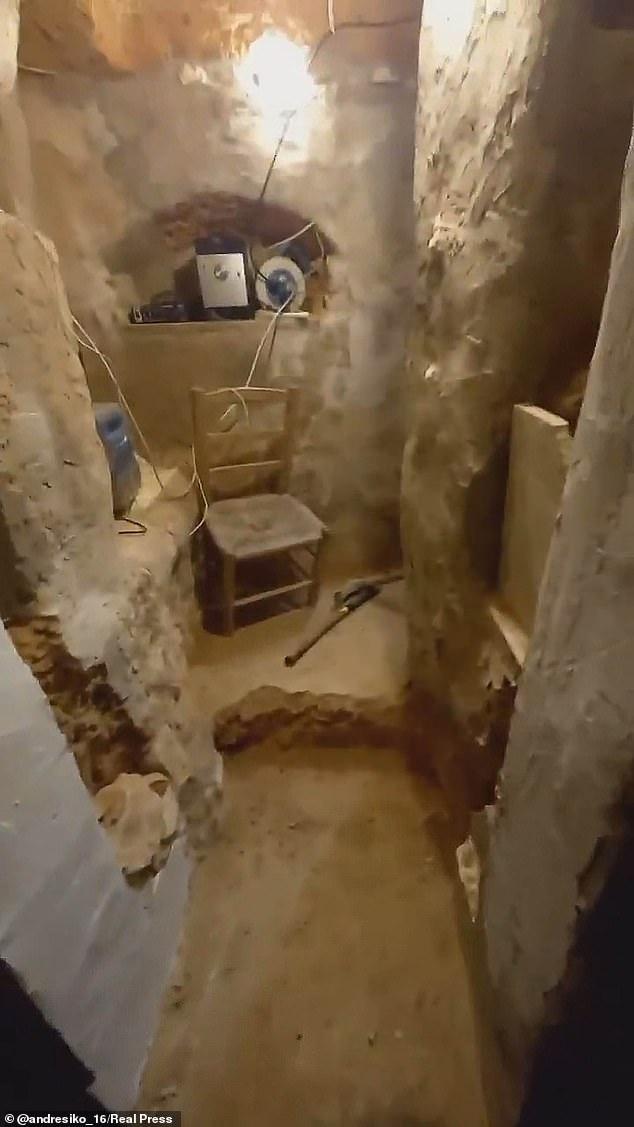 Cãi nhau với mẹ, thiếu niên ra vườn tự đào hầm ngầm rồi trang bị hệ thống sưởi và Wi-Fi để ở - Ảnh 2.