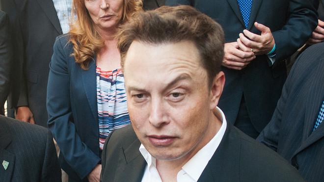 Ám ảnh với những cơn thịnh nộ của Elon Musk, nhân viên Tesla thậm chí bị cấm tới gần bàn làm việc của sếp - Ảnh 1.